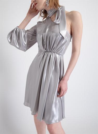 Rue Metalik Görünümlü Tek Kollu Elbise Açık Gri